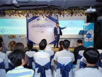The first online logistics system in Vietnam officially launched